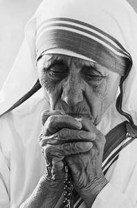 Mother Teresa Photos: Images Show the Power of Her Work ...