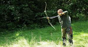 Recurve Vs  Compound Hunting Bow