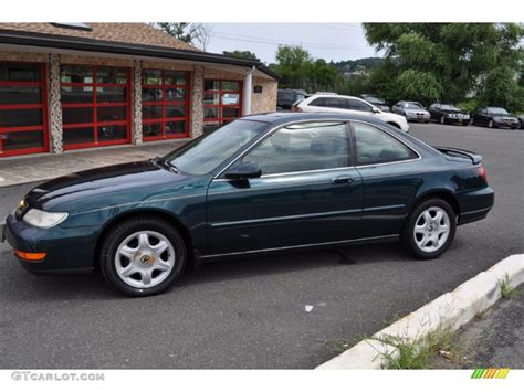 Acura 1997 Cl by Green Pearl Metallic 1997 Acura Cl 2 2 Exterior Photo