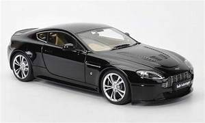 Aston Martin Miniature : aston martin v12 vantage miniature noire 2010 autoart 1 18 voiture ~ Melissatoandfro.com Idées de Décoration