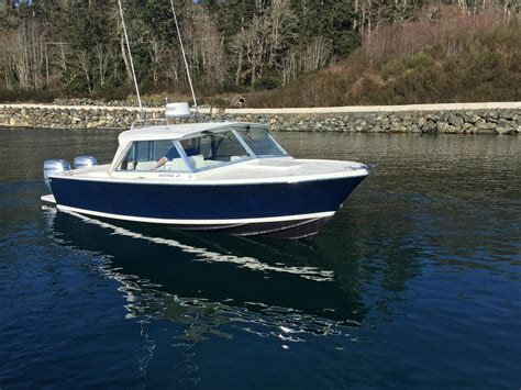 bertram  twin outboards  hull truth boating