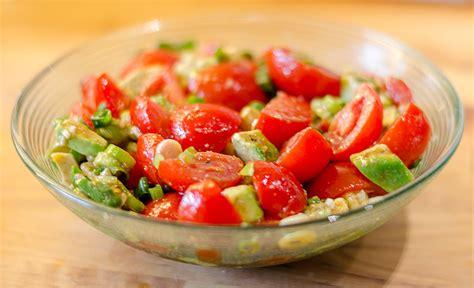 leckere salate rezepte leckere salate mit avocado rezepte chefkoch de