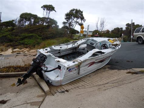 Boating Accident James River by Vessel Swed On Narooma Bar After 3 5 Hours Gallery