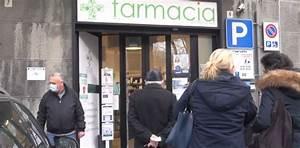 Prenotazione Vaccini Anti-covid  Attese Fuori Dalle Farmacie
