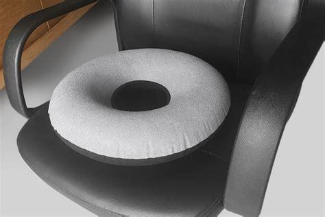 Amazon.com: Inflatable Donut Seat Cushion: Doctor