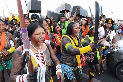 Indigenous Police Protest Rights Spears Land Clash