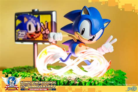 Sonic The Hedgehog 25th Anniversary (exclusive