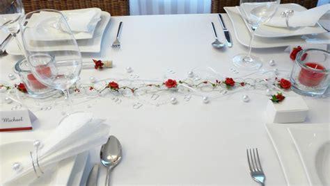 Tischdeko Weihnachten Rot by Mustertisch In Rot Zur Hochzeit Kommunion Oder Konfirmation