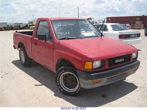 isuzu pickup  informations articles