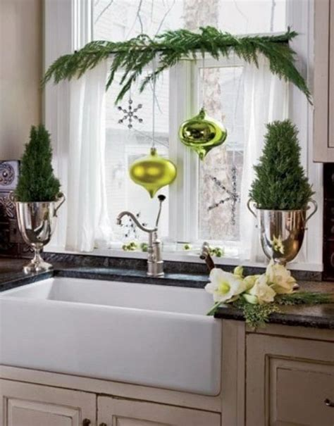 kitchen window decor ideas elegant christmas window d 233 cor ideas decorating ideas pinterest