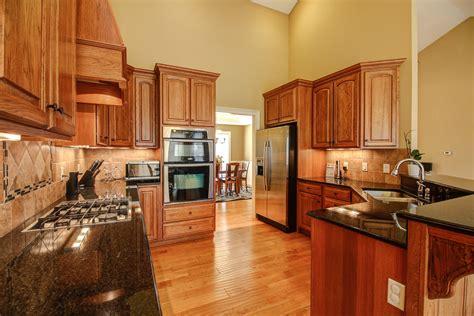 mi bois cuisine images gratuites maison cuisine salon chambre