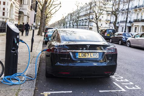 Electric Car Charging Points To Be Added To All New Homes