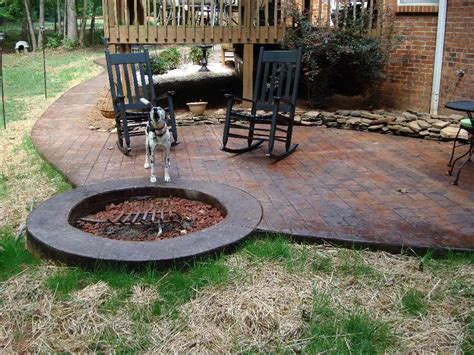sted concrete patio with pit