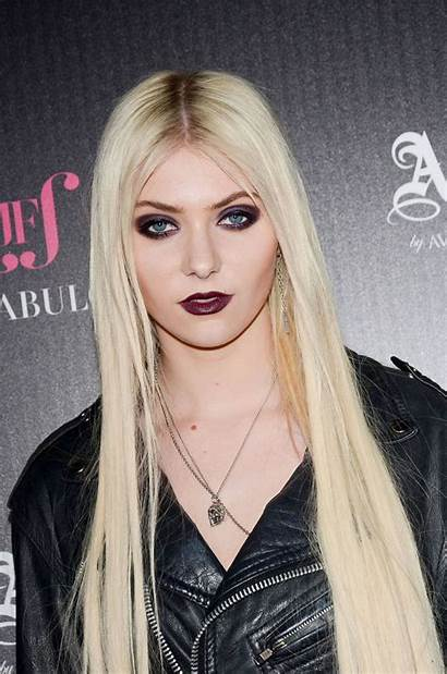 Momsen Taylor Dawn Launch Party Abbey Iphone
