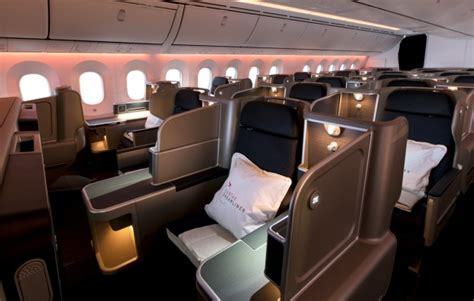 qantas boeing   dreamliner seats cabin