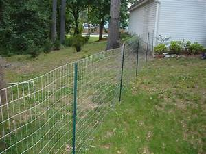 Pin by chicken coop hacks on cheap chicken coop ideas for Cheap easy dog fence