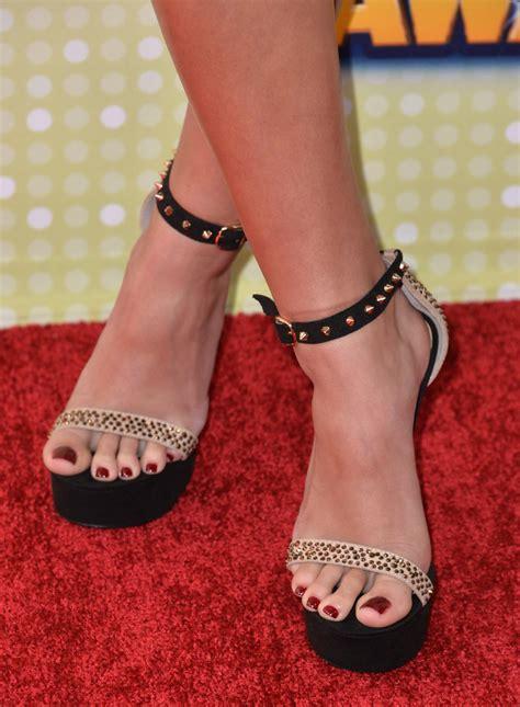 madison pettiss feet