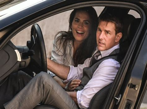 Tom Cruise 'dating' Mission Impossible co-star Hayley ...
