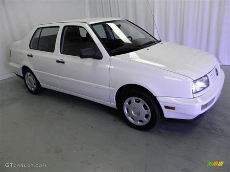 volkswagen sedan cool 1998 cool white volkswagen jetta gl sedan 47705353