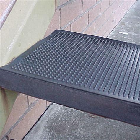 tile stair nosing bunnings ideal diy floors 25 x 75cm black rubber stair tread