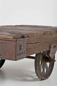 Couchtisch Holz Mit Rollen : railway couchtisch by kare design ~ Bigdaddyawards.com Haus und Dekorationen
