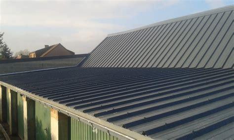 toiture bac acier isolé comment faire une toiture en bac acier