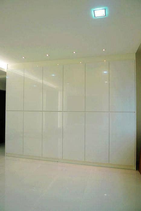 floor  ceiling wall cabinets  storage floor