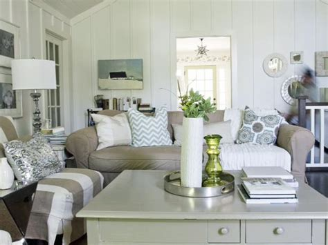 cottage living room simple and design on television