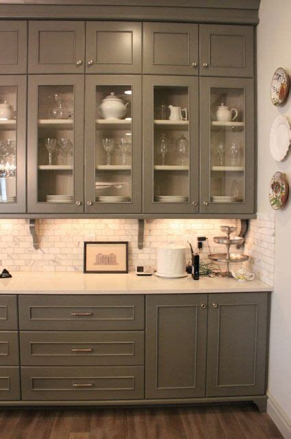 bulkhead kitchen cabinets 1000 ideas about marble subway tiles on 4994