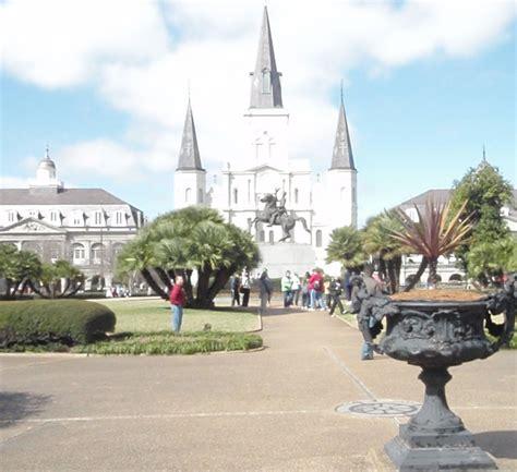 square louis bureau nantes orleans metropolitan convention visitor bureau