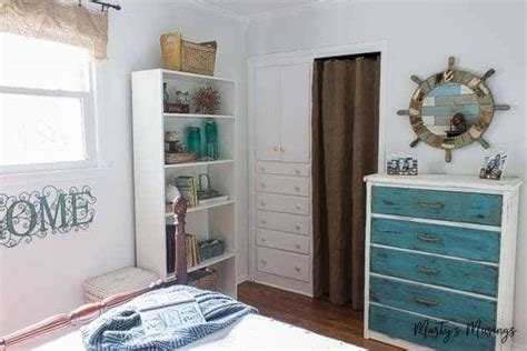 Inexpensive Decorating Ideas For Bedroom by Inexpensive Diy Decor Ideas And Small Bedroom Reveal
