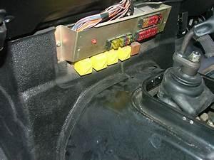 Land Rover 110 Fuse Box