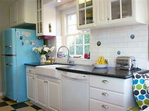 20 elements to use when creating a retro kitchen With kitchen colors with white cabinets with red dot stickers