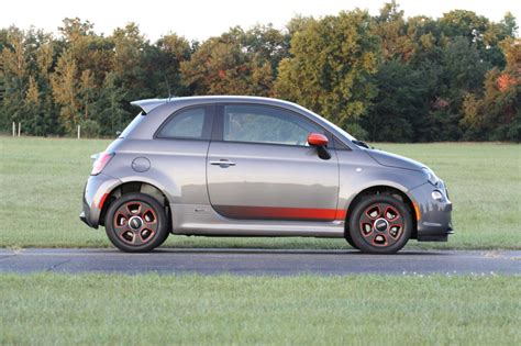 Review Fiat 500e by 2013 Fiat 500e Review Photo Gallery Autoblog