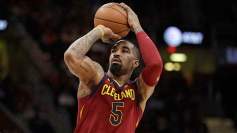 jr smith suspended  game  throwing bowl  soup