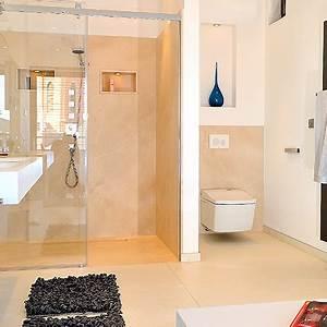 Bad Mit Dusche : dusche mit bodenebenem einstieg bad trend von hansgrohe de ~ Orissabook.com Haus und Dekorationen