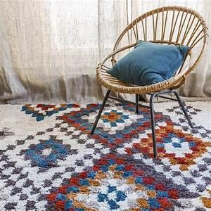 Tapis Berbere Bleu : tapis berb re moderne tadjik par edito ~ Teatrodelosmanantiales.com Idées de Décoration