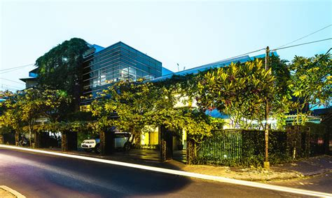 airmas asri architects adds greenery   expanded offices