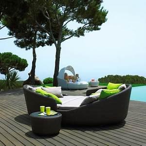Meubles De Jardin Design : mobilier jardin en r sine tress e la tendance design ~ Dailycaller-alerts.com Idées de Décoration
