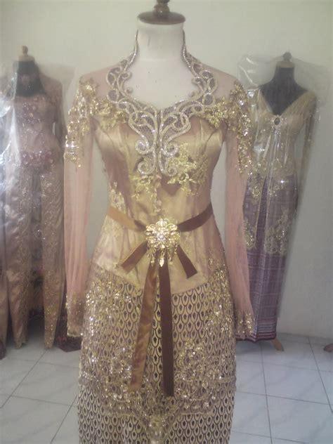 trend terbaru model kebaya indonesia  naranua