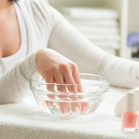 spray nagellack schneller trocknen so trocknet nagellack schneller
