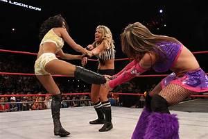 Cattie's Catch Up: Velvet Sky Defends The Knockouts ...