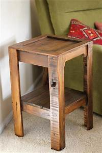 Diy pallet side table pallets designs for Side table diy
