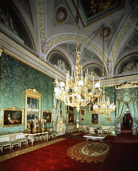 green room   royal apartments artworks uffizi