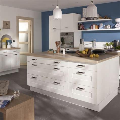 modele cuisine castorama cuisine kadral en bois blanc castorama prix 599