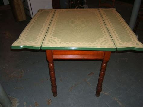 1930 enamel kitchen table vintage kitchen table and 4 chairs from the 1930 39 s