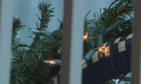 hoa says to take down christmas lights