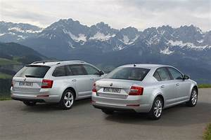 Skoda Octavia Combi : skoda octavia combi hatchback gets 4x4 system on three tdi and one tsi engines autoevolution ~ Medecine-chirurgie-esthetiques.com Avis de Voitures