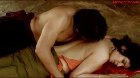 Backless Raveena Tandon And Nagarjuna Make Love Hot Sex Scene Youtube
