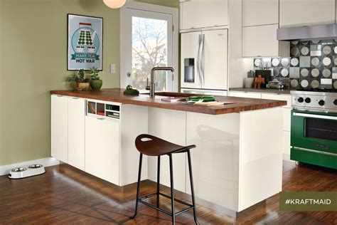 difference between kitchen and bathroom cabinets 1000 images about the no kids yet kitchen on pinterest